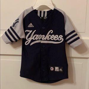 Derek Jeter Yankees Jersey Size 24 Months